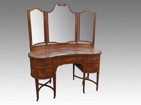 Edwardian Satinwood Kidney shape Dressing Table