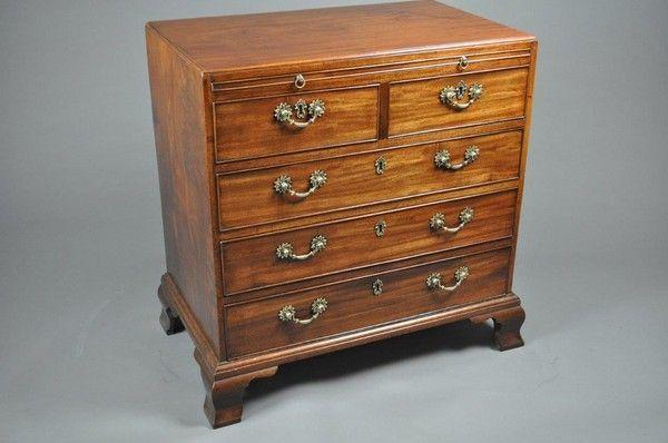 Mid 18th century mahogany gentlemen's chest of drawers