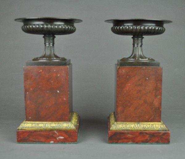 Pair of bronze Tazza on marble and ormolu bases