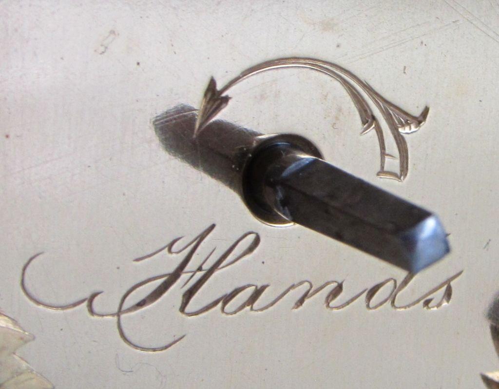Cannalee Simonnet arrow