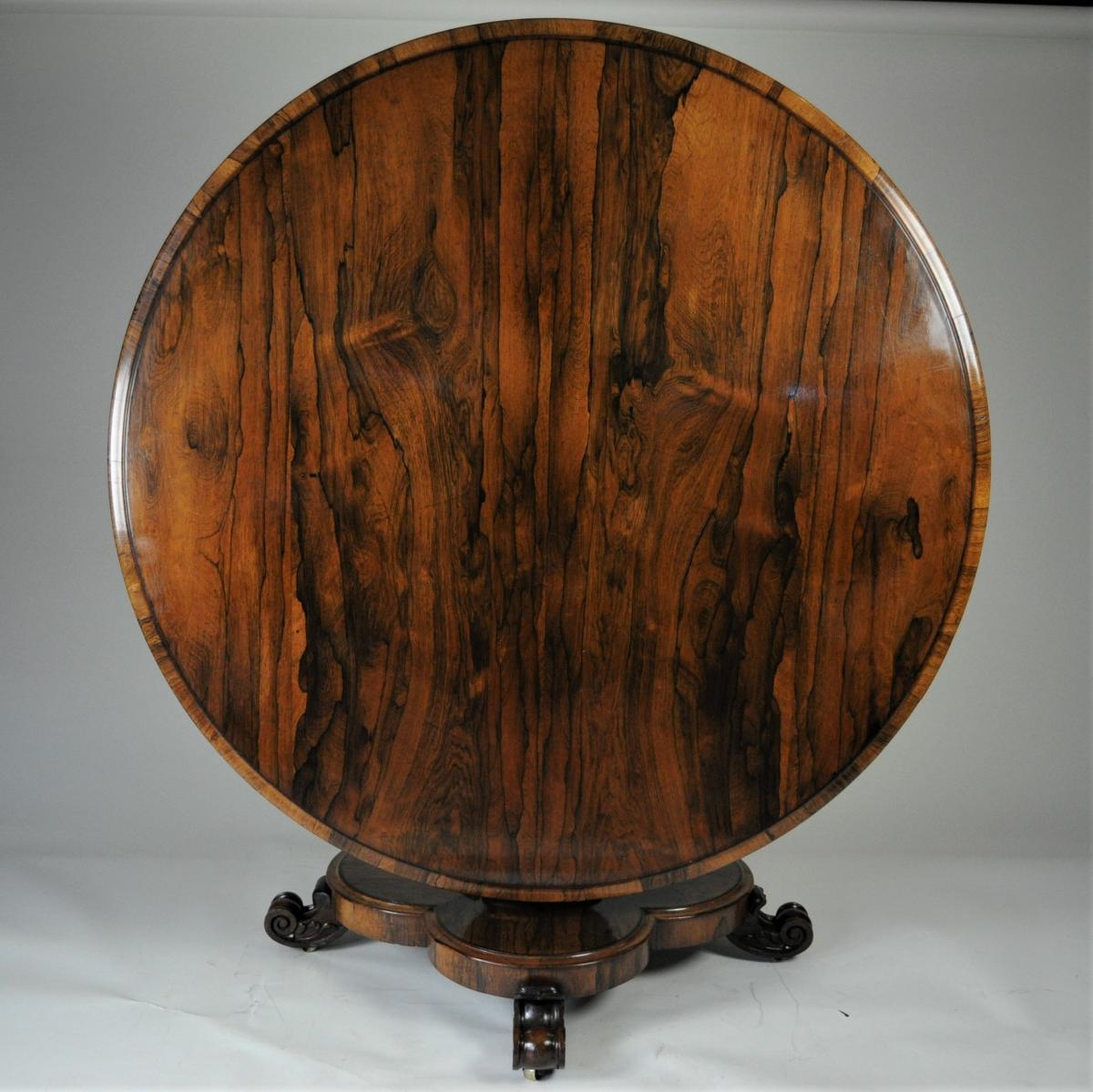 Large Circular Gonçalo Alves Breakfast Table