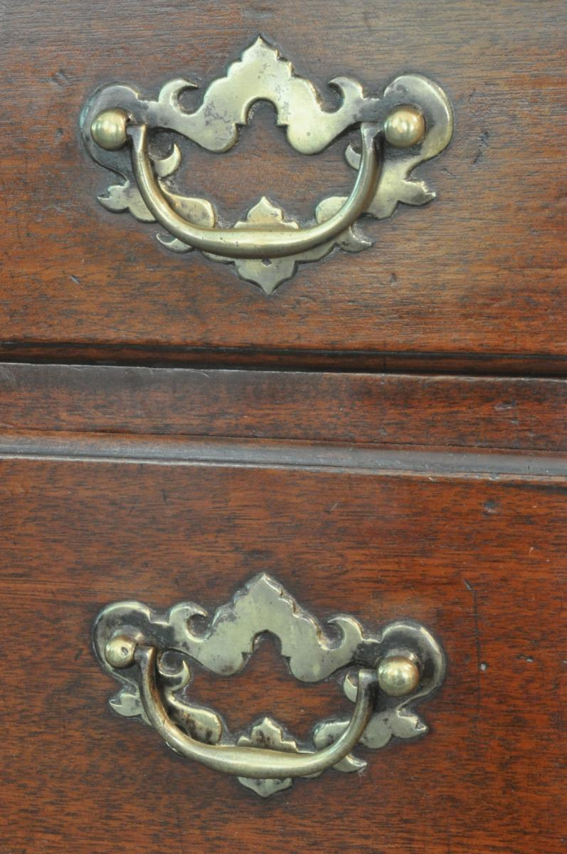Small George III Mahogany Chest of Drawers