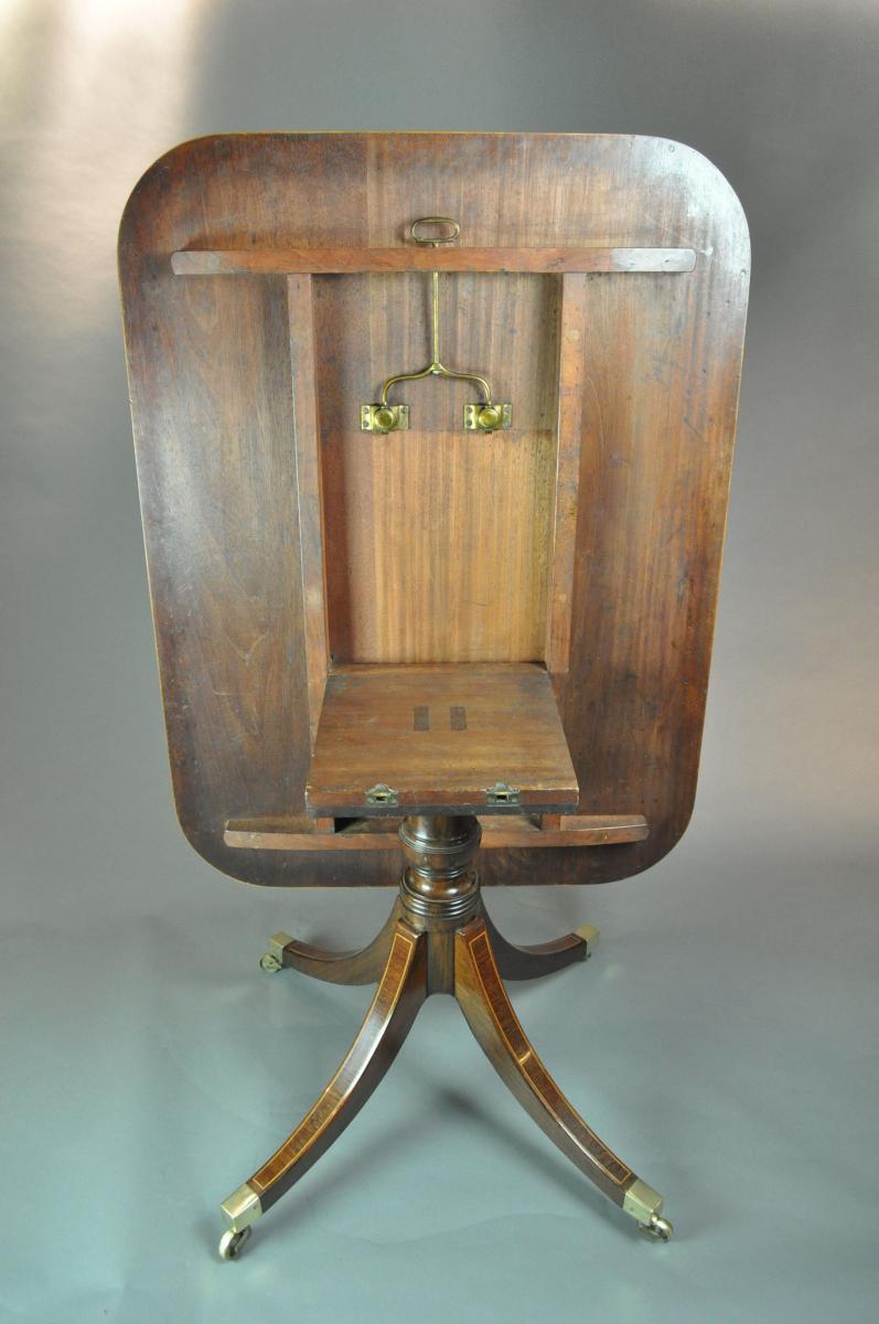 Regency mahogany rectangular Breakfast Table