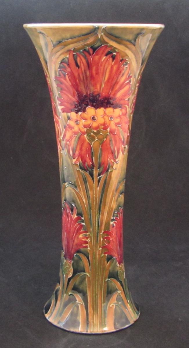 William Moorcroft Vase Bada