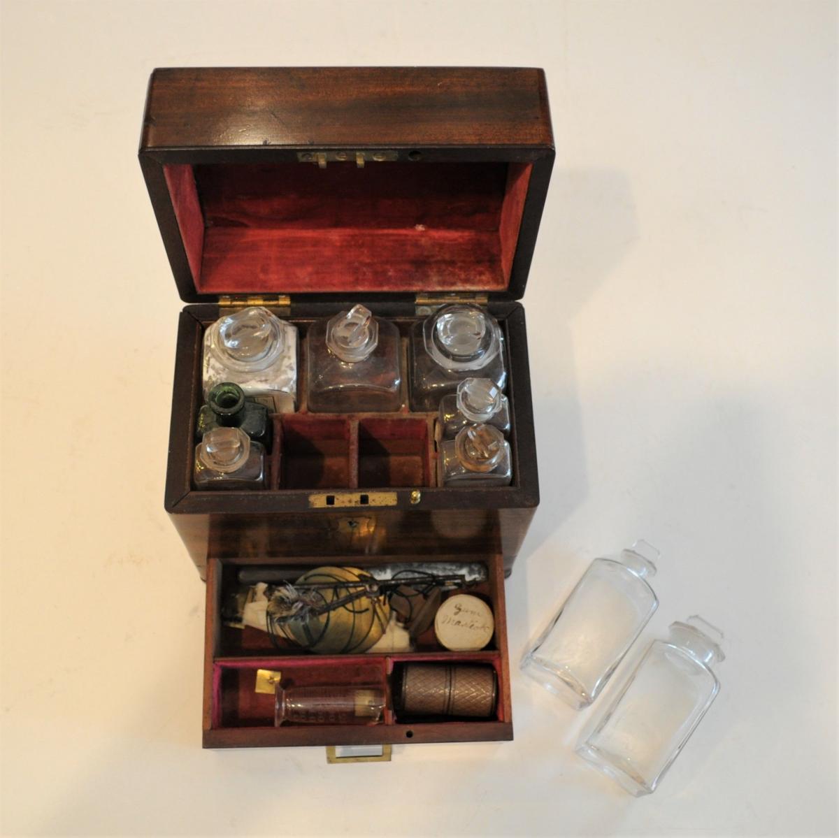 Apothecaries box