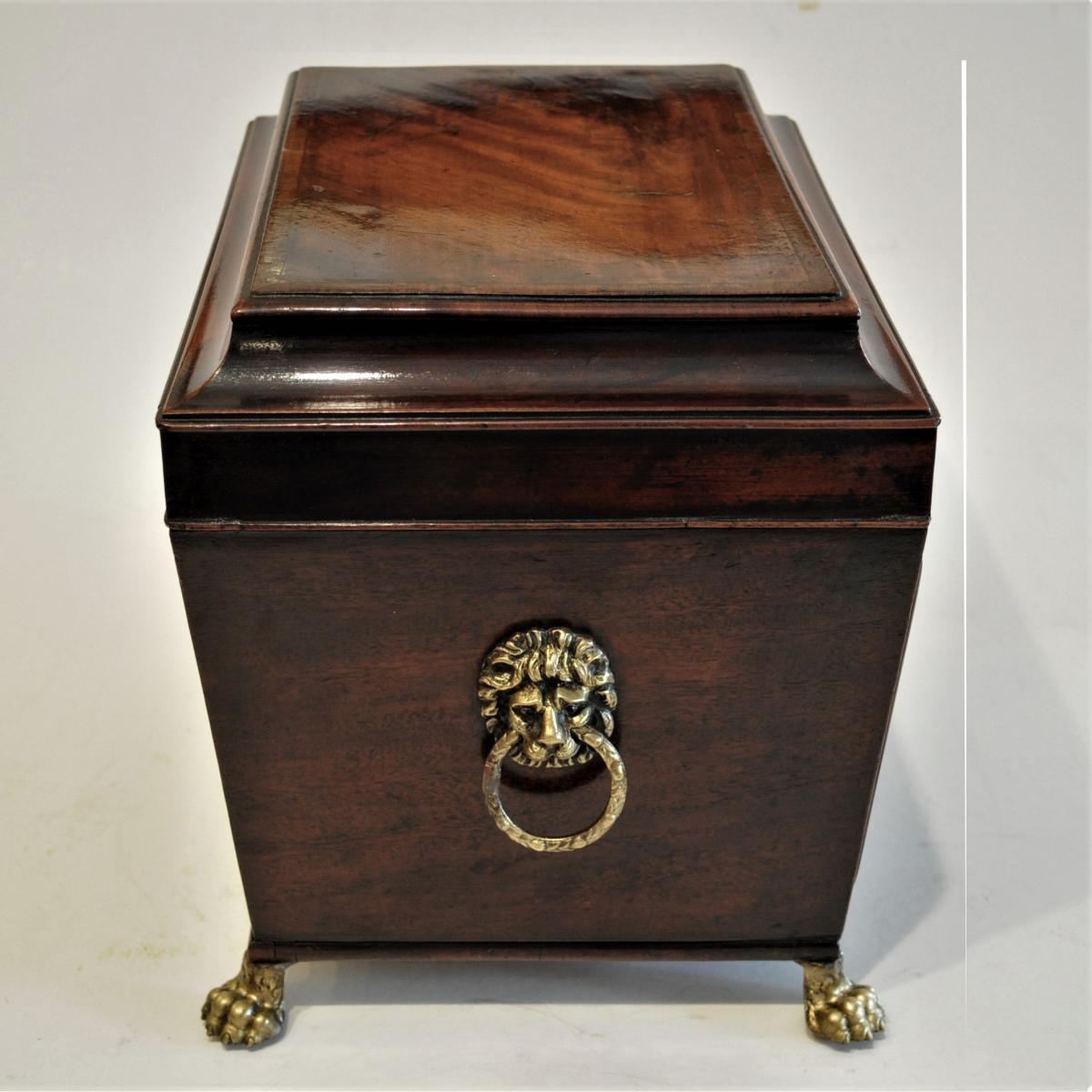 Regency former Decanter Box