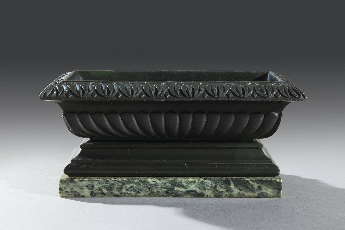 Grand Tour 19th Century Carved Nero Belgio Marble Bath or Cistern Italian Circa 1830