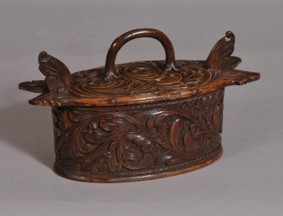 S/3374 Antique Treen 19th Century Birch Child's Food Box