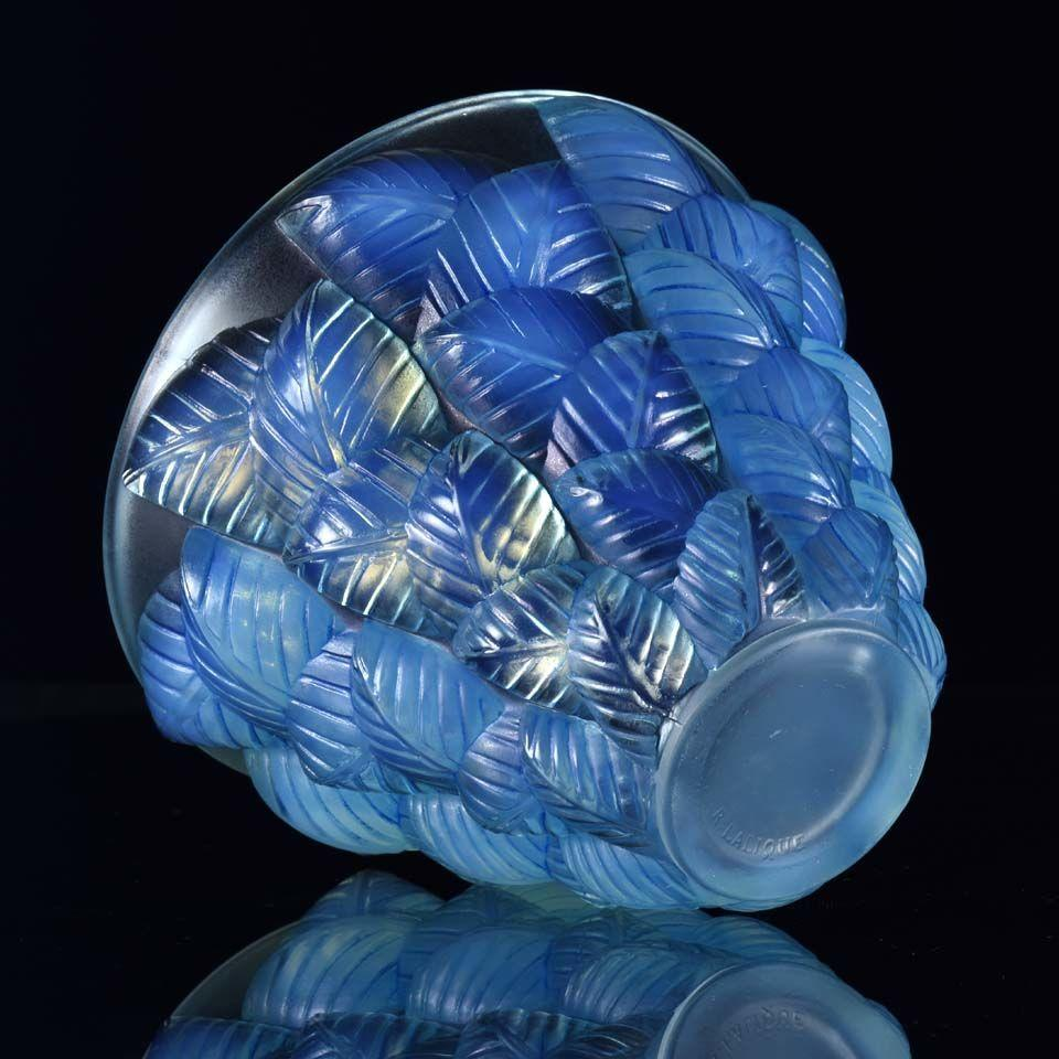 French Art Deco Opalescent Glass Vase 'Moissac' by René Lalique