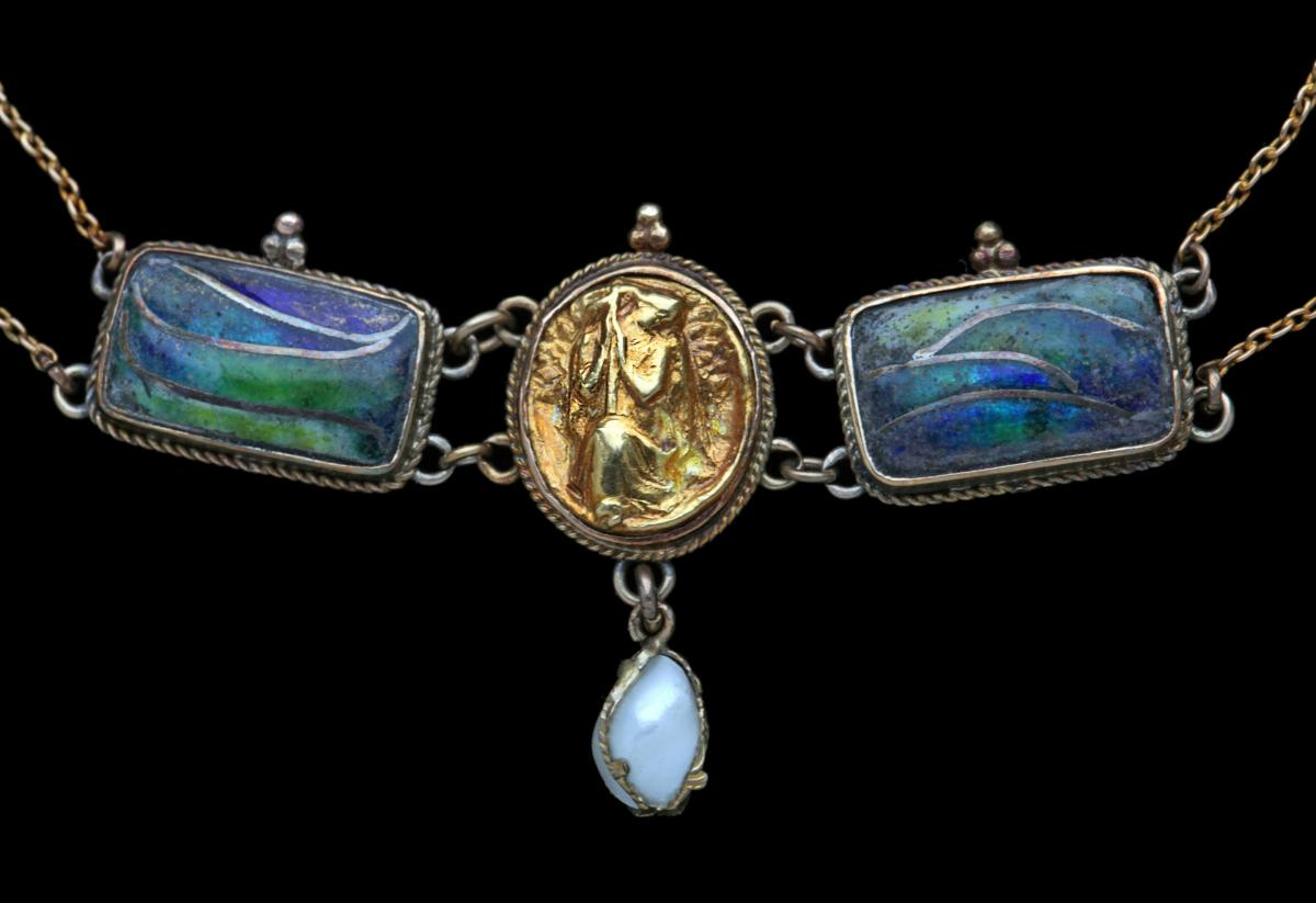 Arts & Crafts Necklace Attributed to HENRY WILSON (1864-1934)