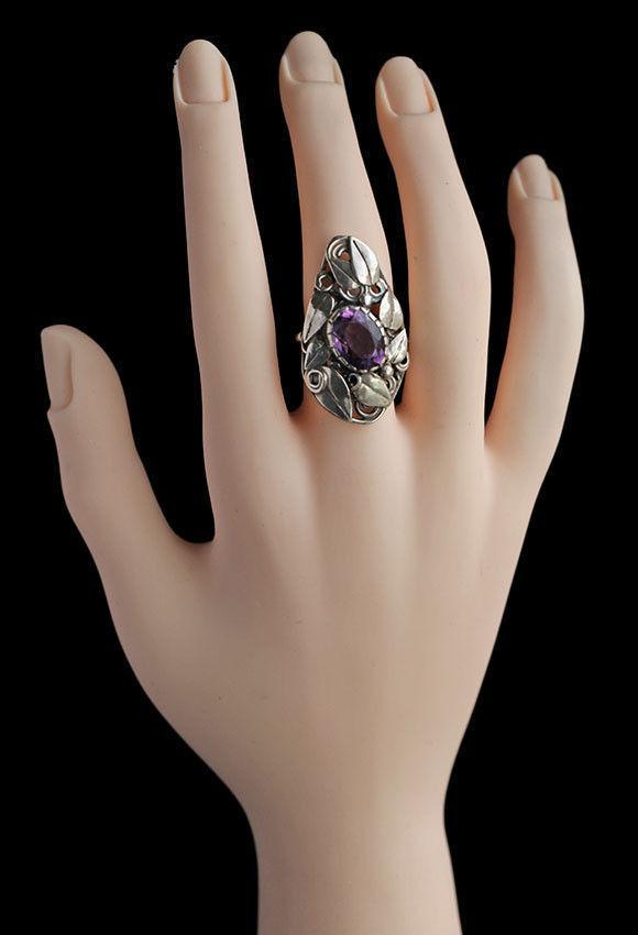 GLADYS AND CHARLES MUMFORD (worked c.1950-1963) Impressive Arts & Crafts Ring