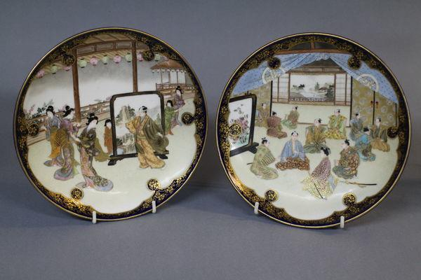 A pair of kinkozan satsuma plates