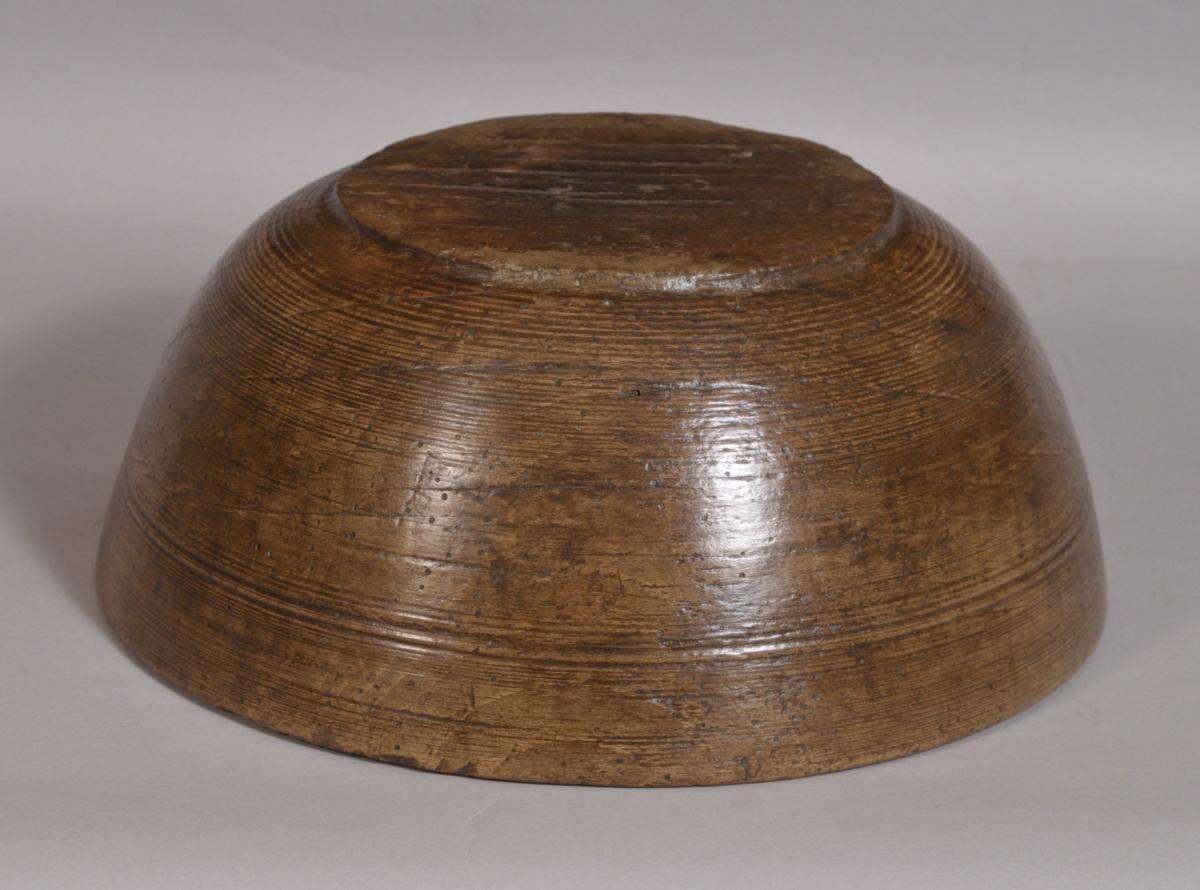 S/3577 Antique Treen 19th Century Sycamore Bowl