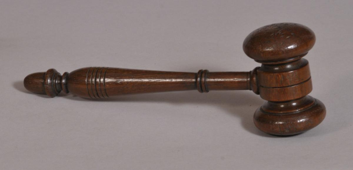 S/3578 Antique Treen 19th Century Oak Auctioneer's Gavel