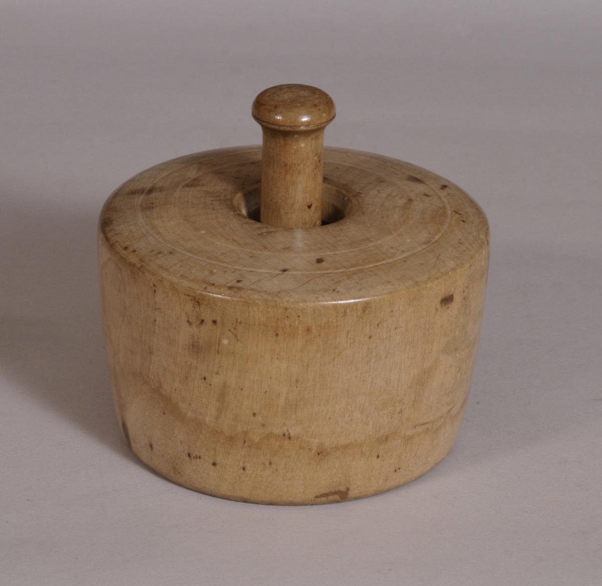 S/3614 Antique Treen 19th Century Large Sycamore Butter Stamp