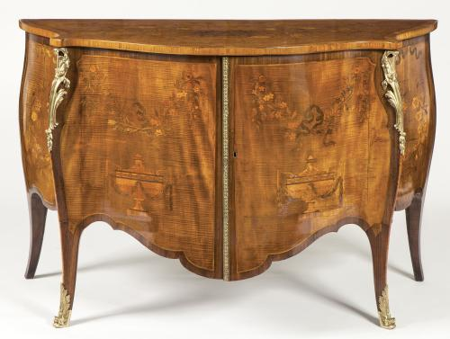 A Magnificent George III Inlaid Harewood & Serpentine Shaped Commode in the Manner of John Cobb