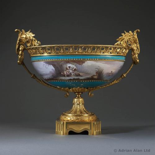 Sèvres Porcelain Coupe ©AdrianAlanLtd