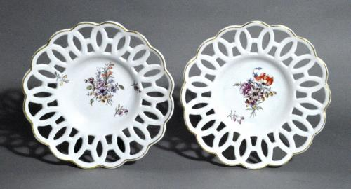 Antique English Porcelain Chelsea Factory Latticed Botanical Circular Dishes, Circa 1760.