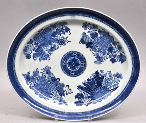 Chinese Export Porcelain Large Blue & White Fitzhugh Dish, Circa 1790.