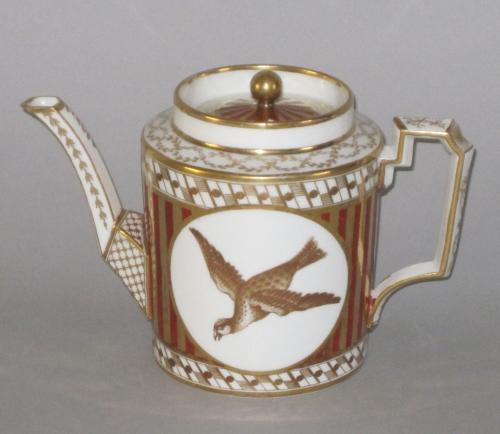 COALPORT PORCELAIN TEA POT. CIRCA 1810
