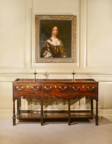 George II Dresser Base