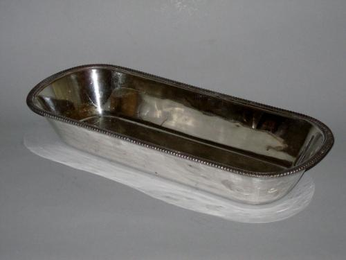 OLD SHEFFIELD PLATE SILVER KNIFE TRAY. CIRCA 1810.