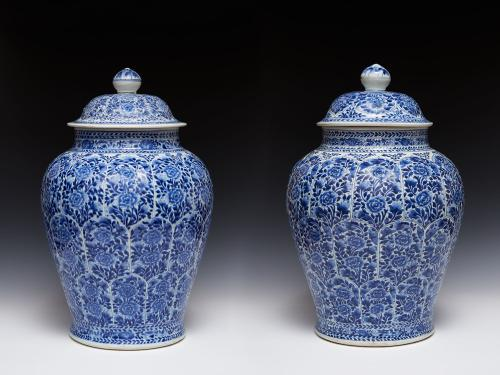 Large Pair of Chinese Export Porcelain Baluster Jars and Covers, Circa 1700