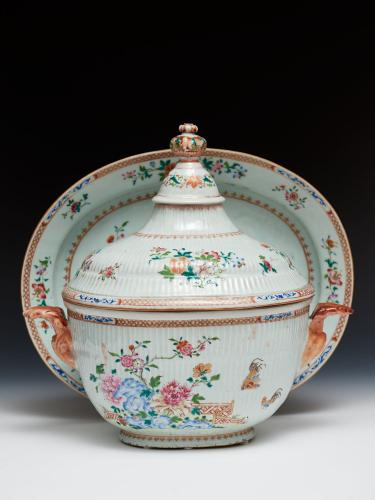 Chinese Export Porcelain Tureen and Stand of Monumental Size, C.1750