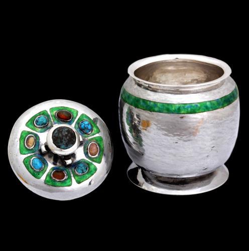 Oliver Baker Cymric jar