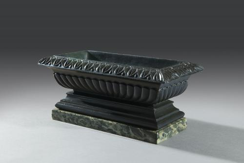 Grand Tour 19th Century Carved Nero Belgio Marble Bath or Cistern Italian Circa 1830