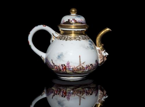 Early Meissen Teapot and Cover, Circa 1730