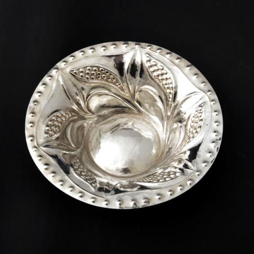 Charles Ashbee silver bowl for the Guild of Handicraft