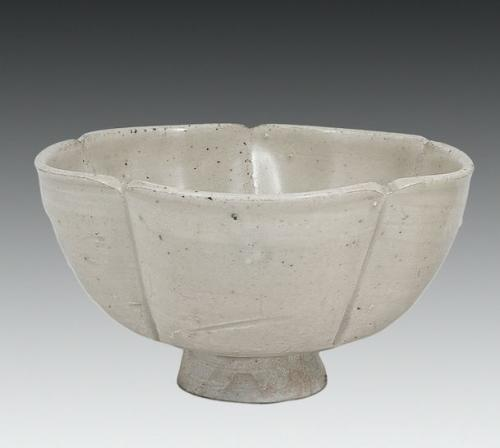 Sung White Glazed Cup
