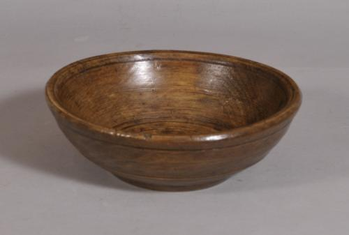 S/3442 Antique Treen 18th Century Sycamore Food Bowl