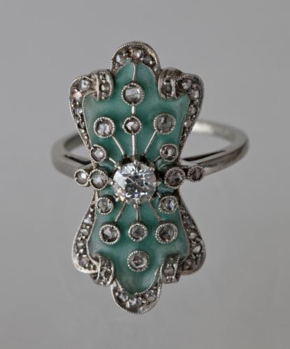 BELLE ÉPOQUE (1850-1910) Ring