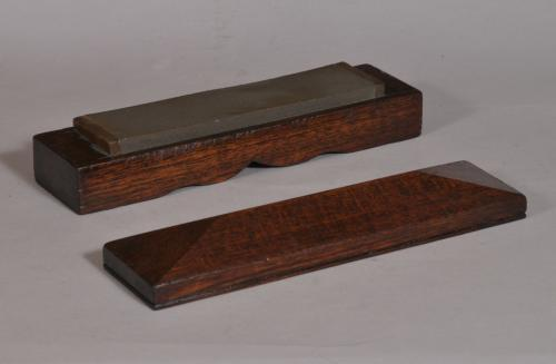S/3518 Antique Treen Early 20th Century Honing Stone