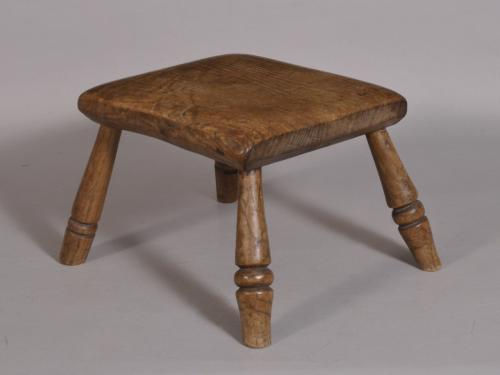S/3523 Antique 19th Century Welsh Oak Child's Stool