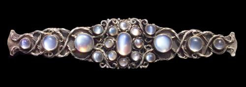 MARY THEW (1876-1953) Arts & Crafts Brooch