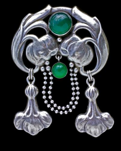 BERNARD HERTZ (worked 1893-1937) SKONVIRKE Brooch