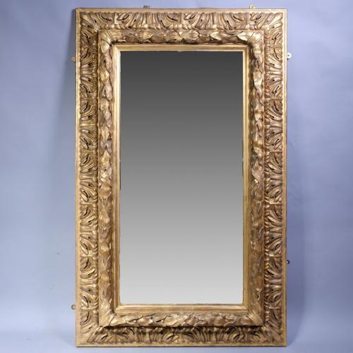 18th Century Carved Giltwood Continental Mirror