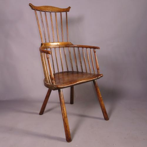A Late 18th Century Ash Comb Back Windsor Chair