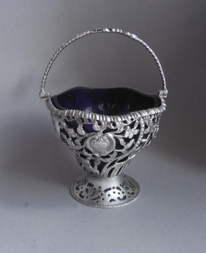 An unusual George III Cream Pail made in London in 1771 by Thomas Pitts I