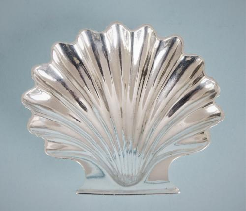 GEORGE II Sterling Siver Butter Shell by Henry Herbert. London 1757