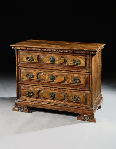 A small, early 18th century, North Italian walnut commode