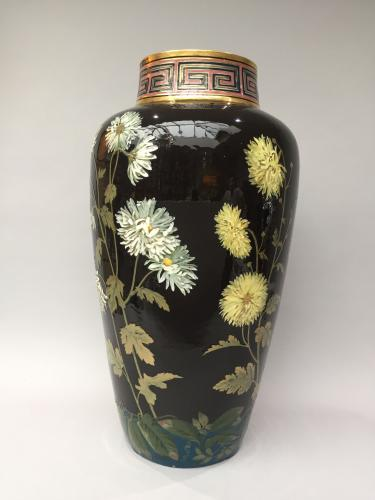 Lawrence Birks Pâte-sur-pâte Vase
