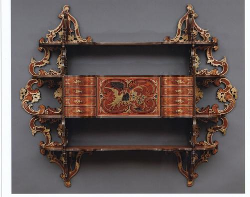 Royal hanging cabinet