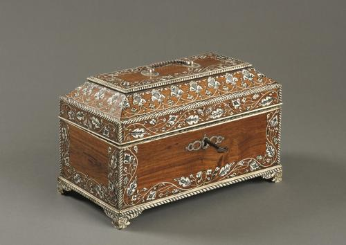 Antique 18th Century Indian Vizag Padouk Tea Caddy / Chest with Ivory Inlays