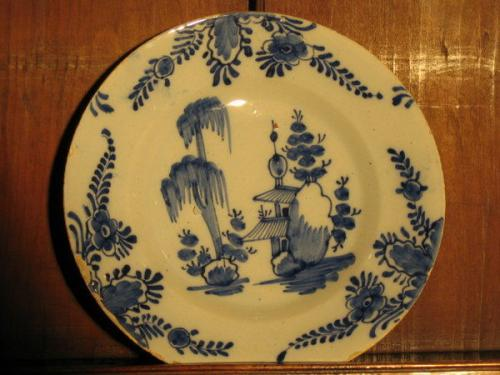 A good mid-18th century, Dutch delftware plate