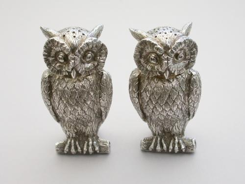 Pair George V Cast Novelty Silver Owl Peppers