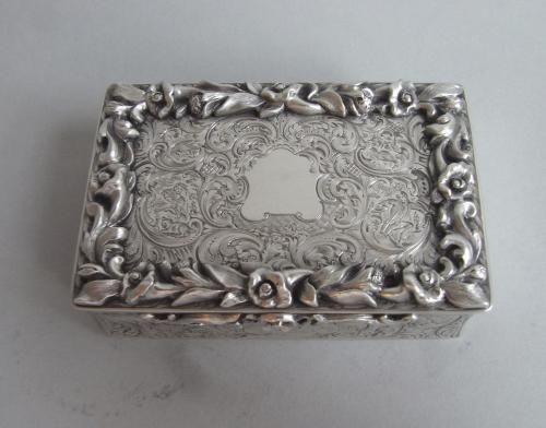 An exceptionally fine & rare Table Snuff Box made in London in 1845 by Rawlings & Summers